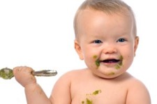 Cibo per neonati, tutto l'essenziale