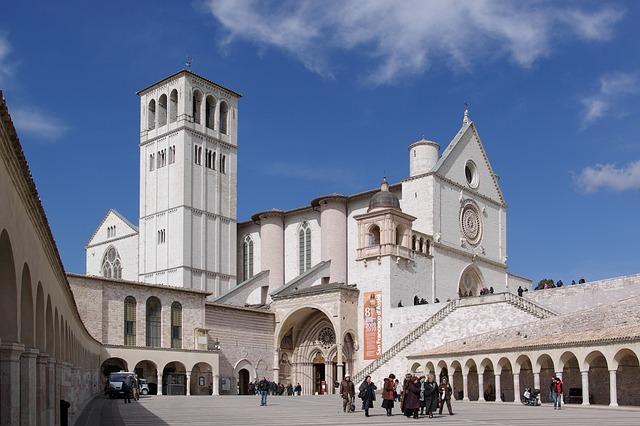 basilica assisi-536308_640
